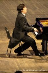 пианист Дмитрий Онищенко