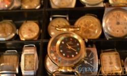 старинные уникальные часы