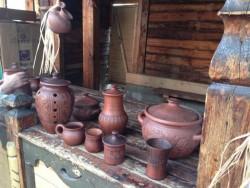 трапиза. старинная глиняная посуда
