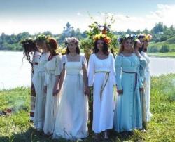 Славянские весенние традиции, хоровод