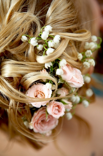Как сделать цветок у волосах