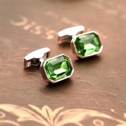 Запонки зеленого цвета