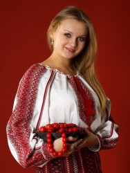 вышиванка Любисток