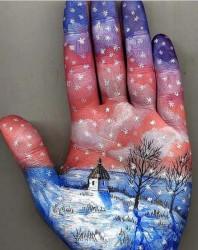 картина на руке