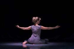 Танец - это </p> <p>маленькая жизнь
