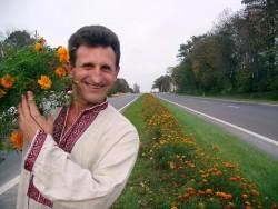 Скульптор и цветочник Василий Рыжук