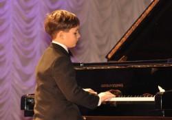 талантливый исполнитель